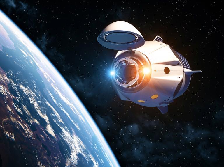 Một ngày sống trên Trạm Vũ Trụ Quốc Tế tốn khoảng 6,8 triệu đô, theo NASA.