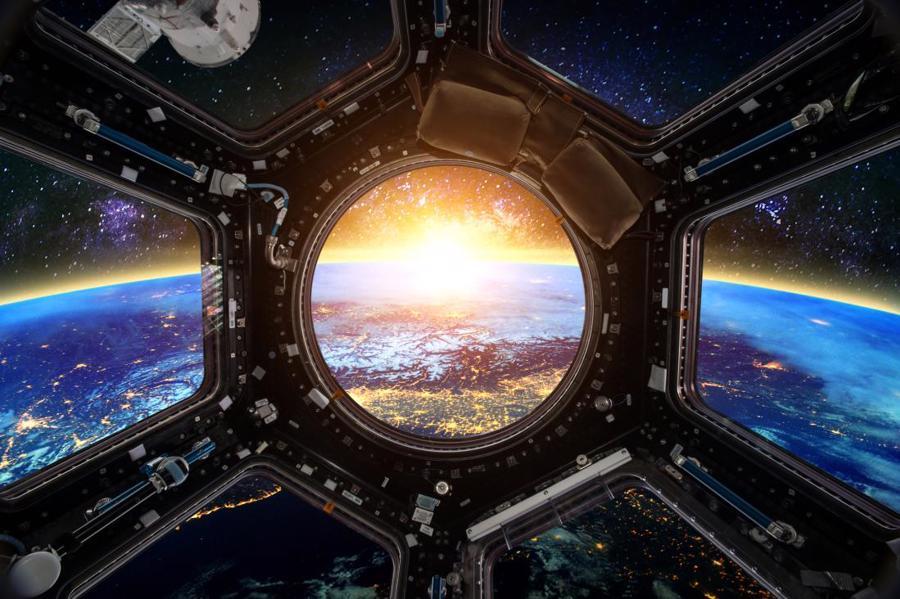 Phải chi bao nhiêu tiền cho một chuyến du hành không gian? - Ảnh 2