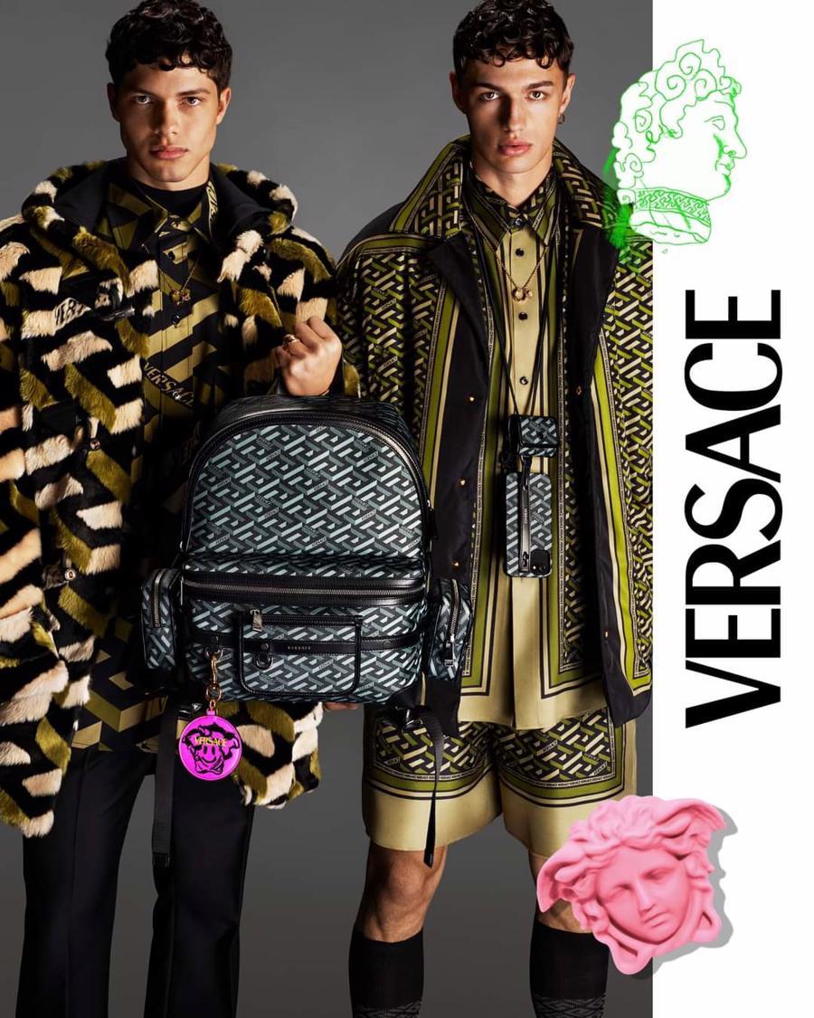 BST thu đông của Versace thanh lịch với hoạ tiết monogram La Greca - Ảnh 12