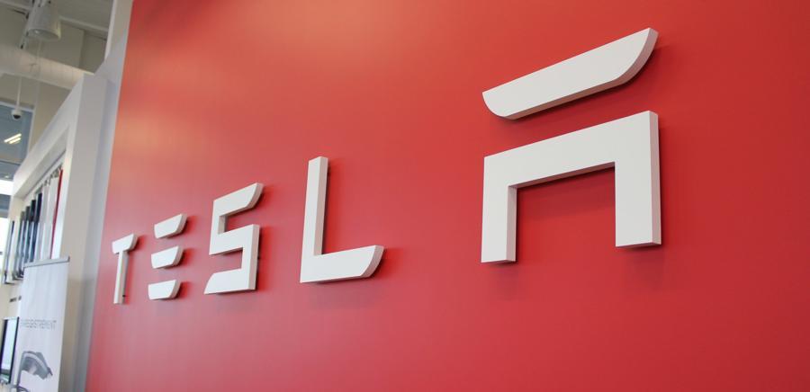 Bên cạnh bán xe điện, Tesla còn kiếm lời không nhỏ từ khoản tín dụng carbon.