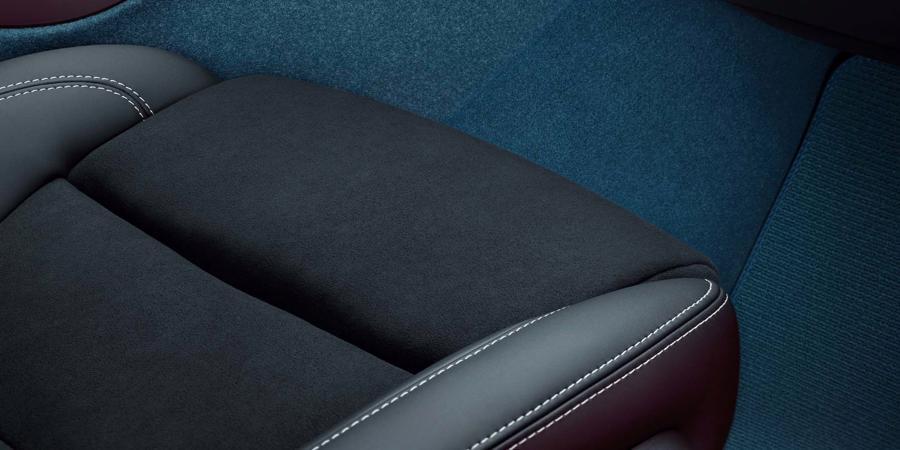 Ghế không bọc da trên Volvo C40 Recharge sắp ra mắt. Nguồn: Volvo Cars.