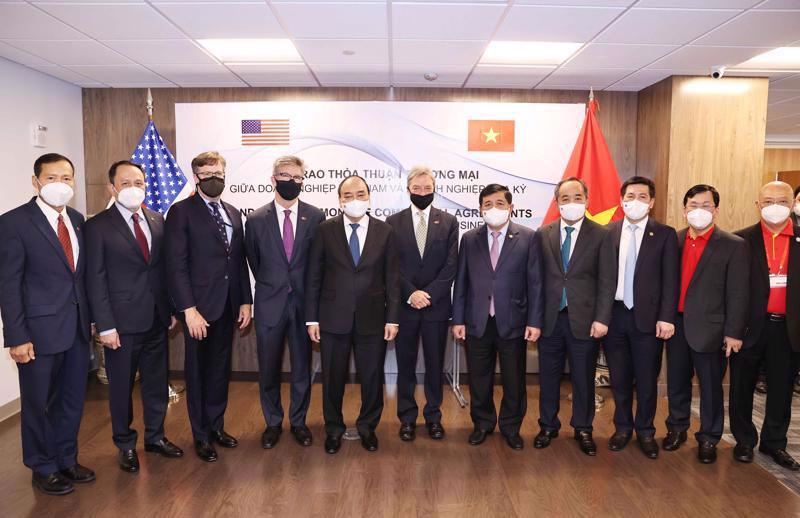 Chủ tịch Nguyễn Xuân Phúc gặp đại diện Tập đoàn Boeing tại New York - Ảnh: TTXVN