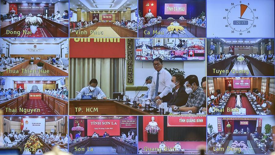 Cuộc họp được tổ chứctrực tuyến với cộng đồng doanh nghiệp và các địa phương - Ảnh: VGP