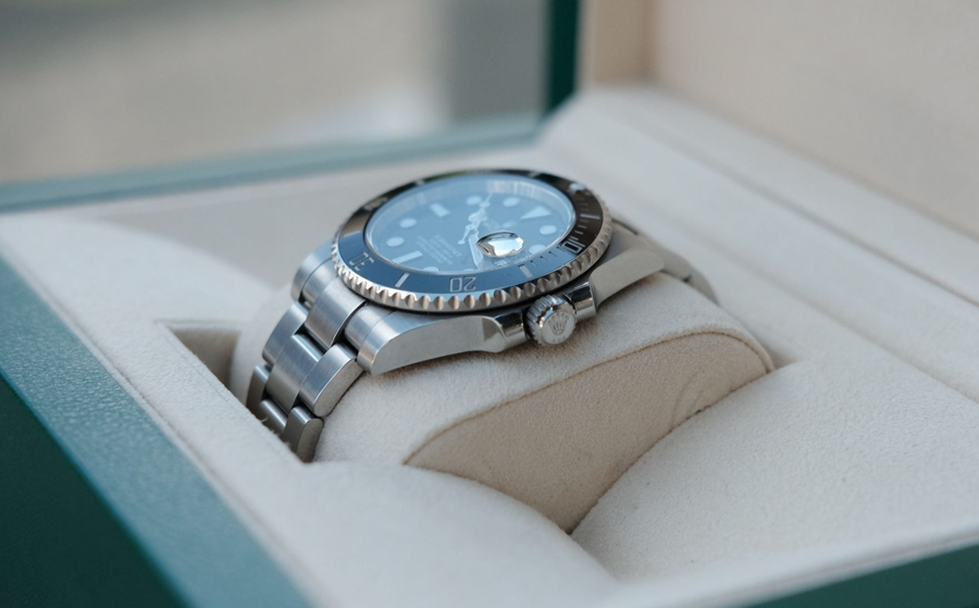 Các đối tác bán lẻ ủy quyền là mắt xích quyết định khách hàng có thể sở hữu Rolex hay không.