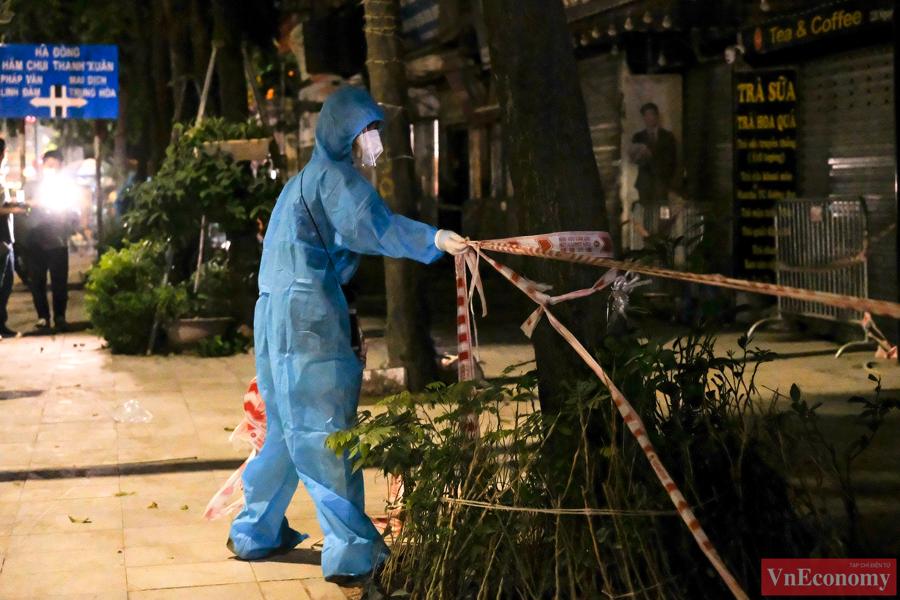 Dỡ bỏ phong tỏa hai ngõ Thanh Xuân Trung sau hơn một tháng cách ly y tế - Ảnh 5