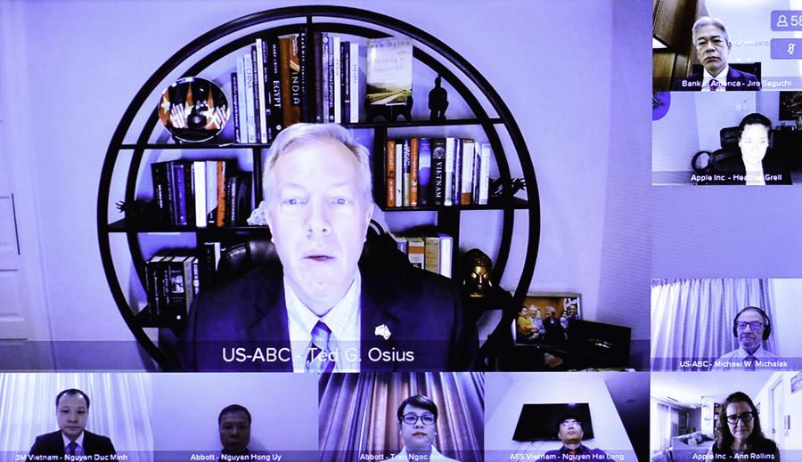 Chủ tịch kiêm Tổng Giám đốcUSABC Ted Osius phát biểu tại buổi làm việc - Ảnh: Quochoi.vn