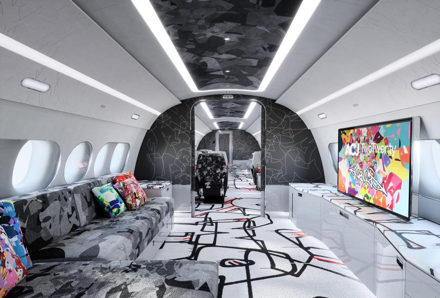 Airbus đưa nghệ thuật graffiti lên dòng máy bay phản lực thương mại mới - Ảnh 5