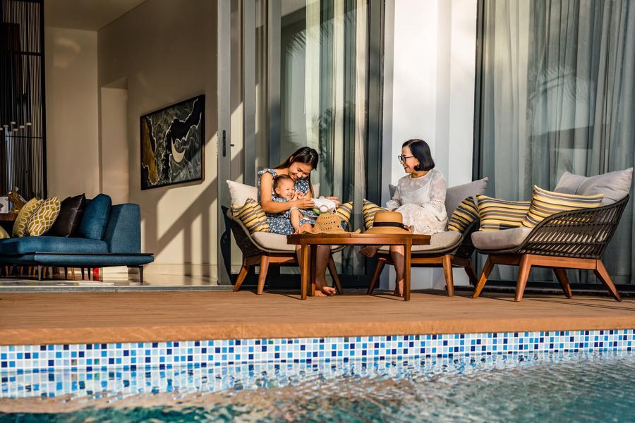 100% các căn biệt thự tại Mövenpick Phú Quốc đều có bể bơi riêng với khoảng sân riêng tư tràn ngập nắng và gió.