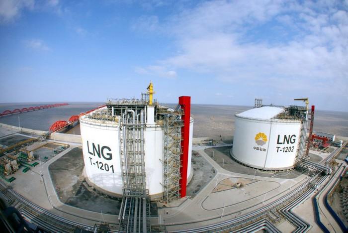 Khủng hoảng năng lượng đe dọa kinh tế toàn cầu - Ảnh 1