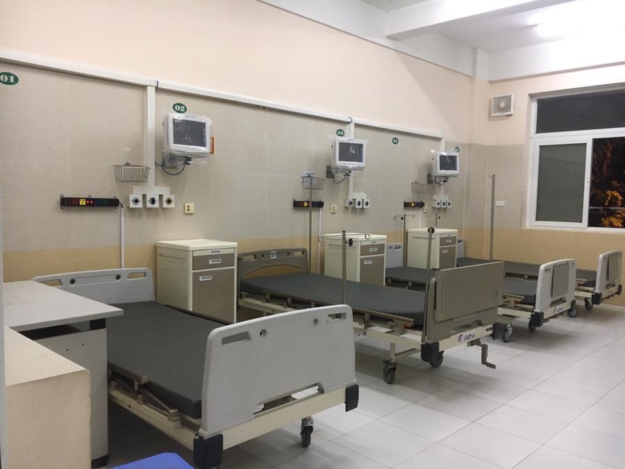 Đơn nguyên 50 giường bệnh đầu tiên của Trung tâm hồi sức tích cực (ICU) phòng chống Covid-19 với đầy đủ trang thiết bị hiện đại đã được Bệnh viện Đức Giang đưa vào sử dụng, phục vụ việc điều trị bệnh nhân Covid-19 nặng trong đợt dịch bùng phát cao điểm vừa qua.