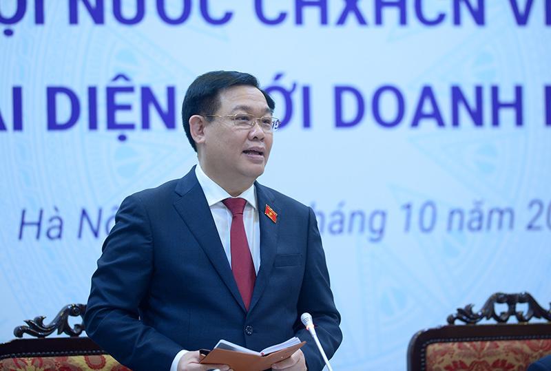 Chủ tịch Quốc hội Vương Đình Huệ tại buổi làm việcvới Phòng Thương mại và Công nghiệp Việt Nam.