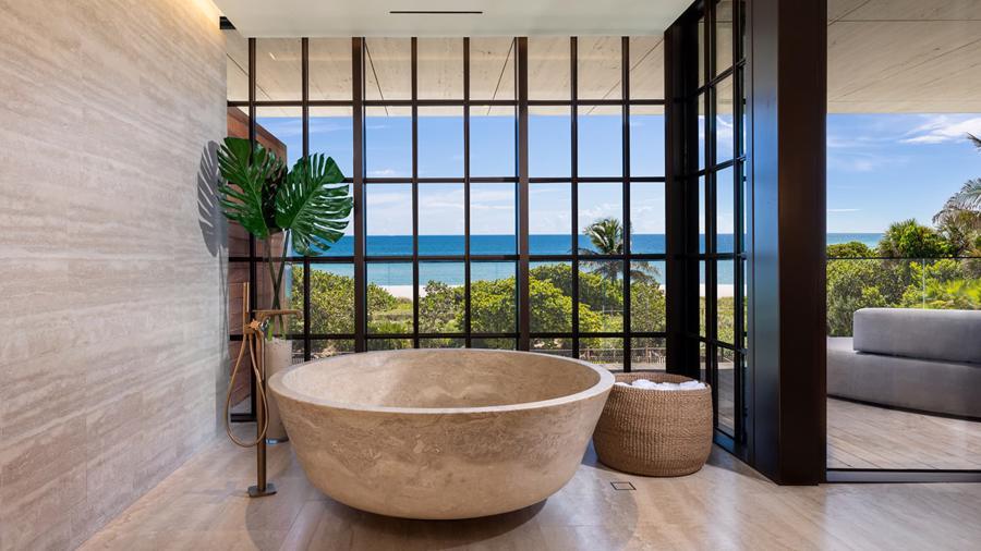 Các căn hộ tại chung cư Arte có giá từ 10 triệu USD trở lên. Tại đây có cả bể bơi trong nhà và ngoài trời, cùng sân tennis ở tầng thượng.