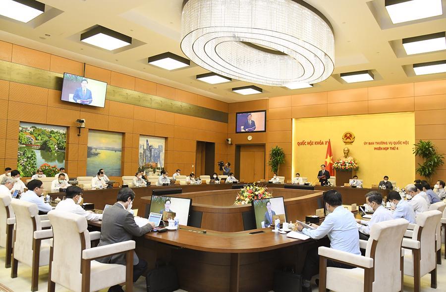 Toàn cảnh khai mạc phiên họp thứ 4 của Uỷ ban Thường vụ Quốc hội - Ảnh: Quochoi.vn