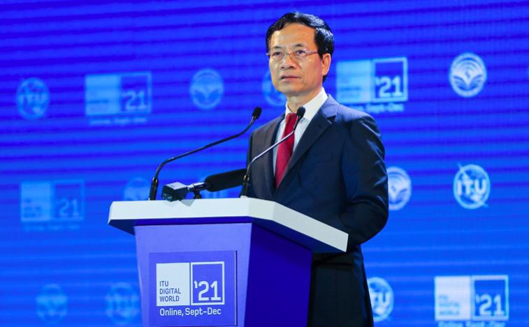 Bộ trưởng Bộ Thông tin và Truyền thông Nguyễn Mạnh Hùng phát biểu tại sự kiệnITU Digital World 2021.