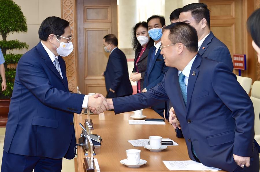 Thủ tướng gặp mặt cộng đồng doanh nghiệp - Ảnh: VGP