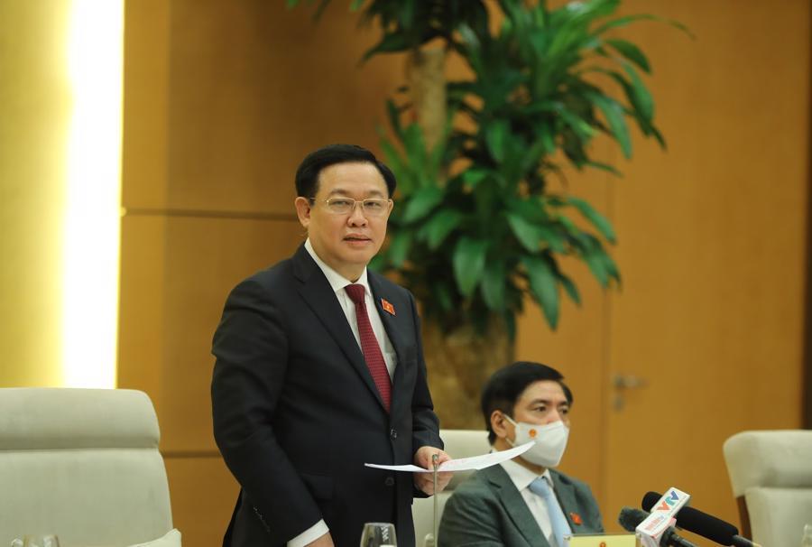 Chủ tịch Quốc hội phát biểu tại buổi họp mặt chiều 12/10 - Ảnh: Giang Nam