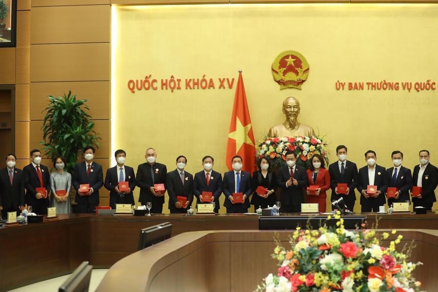 """Chủ tịch Quốc hội: """"Trong cái khó sẽ ló cái khôn"""", doanh nghiệp Việt sẽ tận dụng được cơ hội từ khó khăn - Ảnh 3"""
